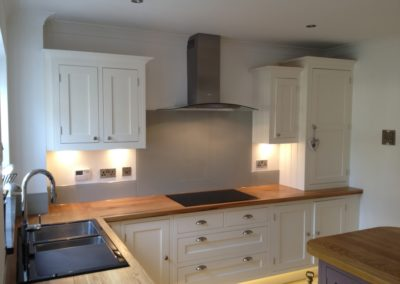 splashbacknowfitted24thmay2012005