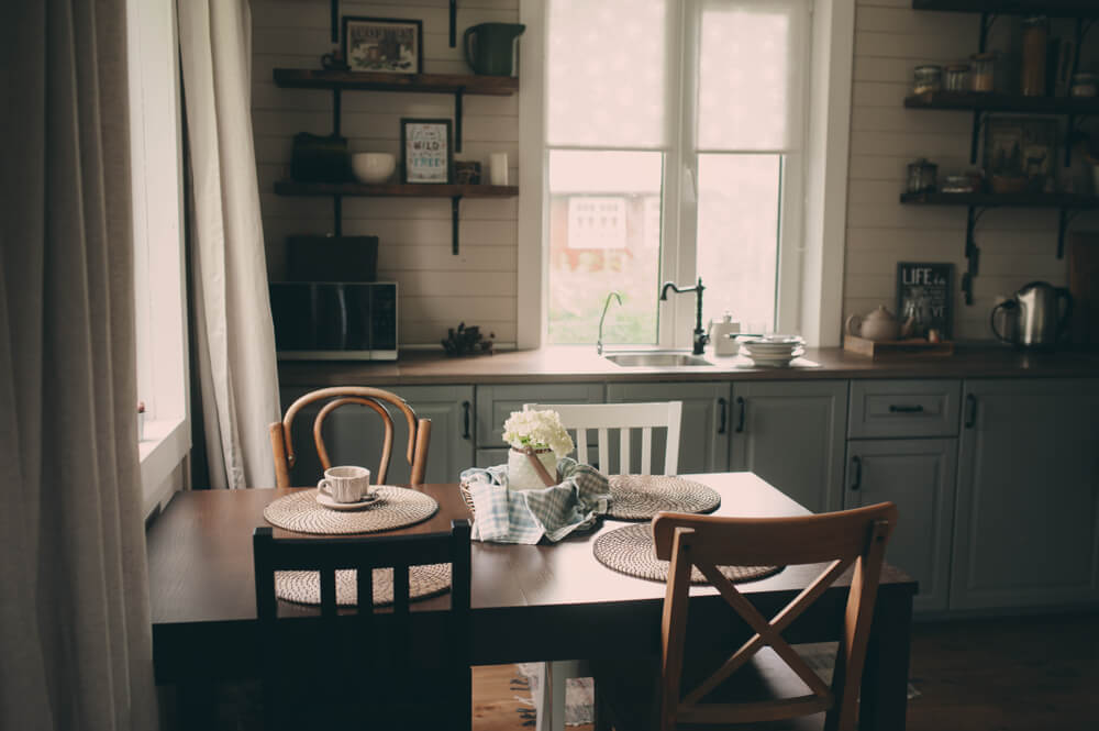 Country Kitchen Finishes